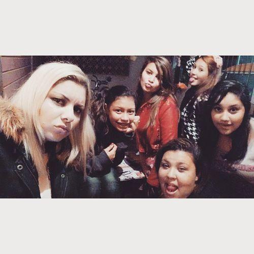 Olha a gente aqui outra vez, a festa não para!!!!! Vodkaredbull Friendship Nightlife Instacool girls