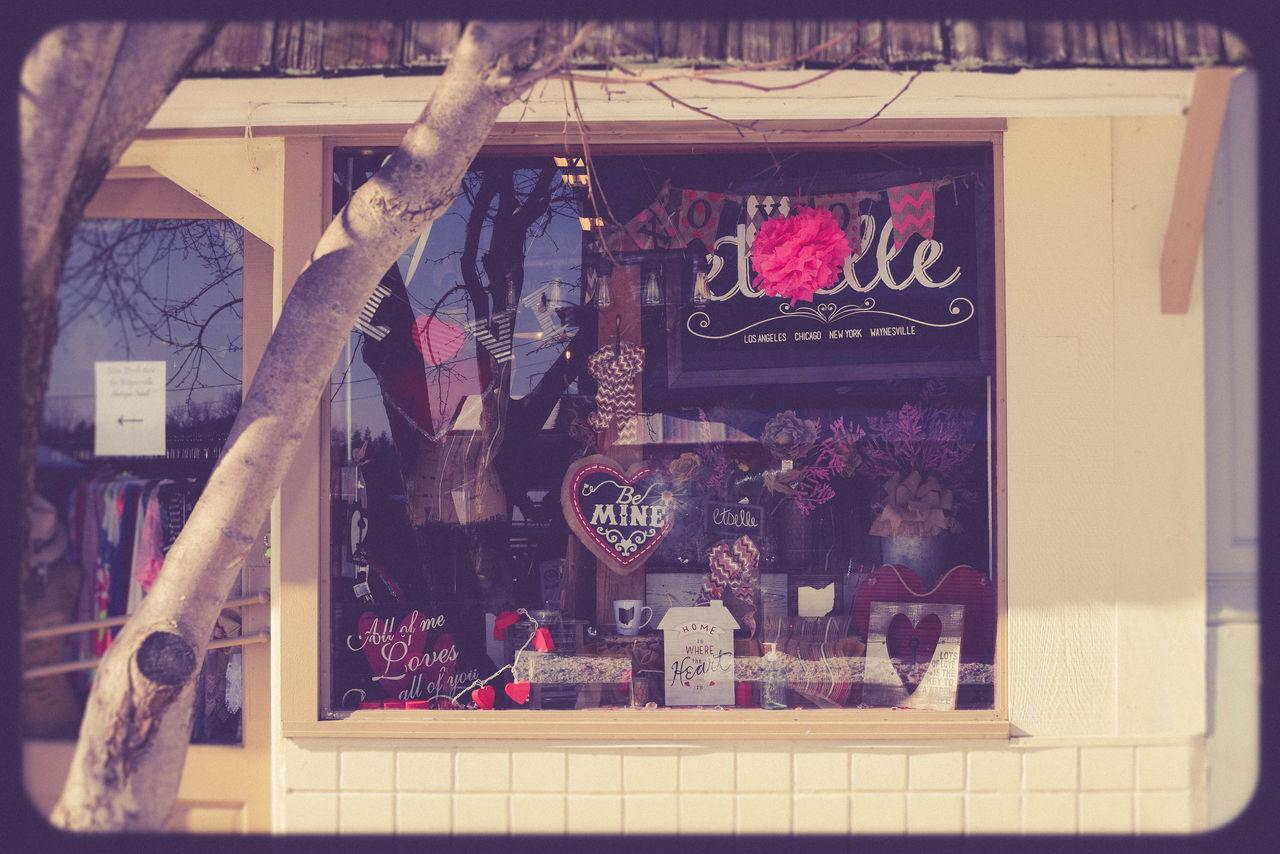 City Life Citylife Downtown Hearts Historical District Ohio, USA Retro Style Storefront USA Photos Valentine's Day  Valentines Valentinesday Vintage Vintage Photo Waynesville, OH Be Mine Botique Shop Shop Window Store Window