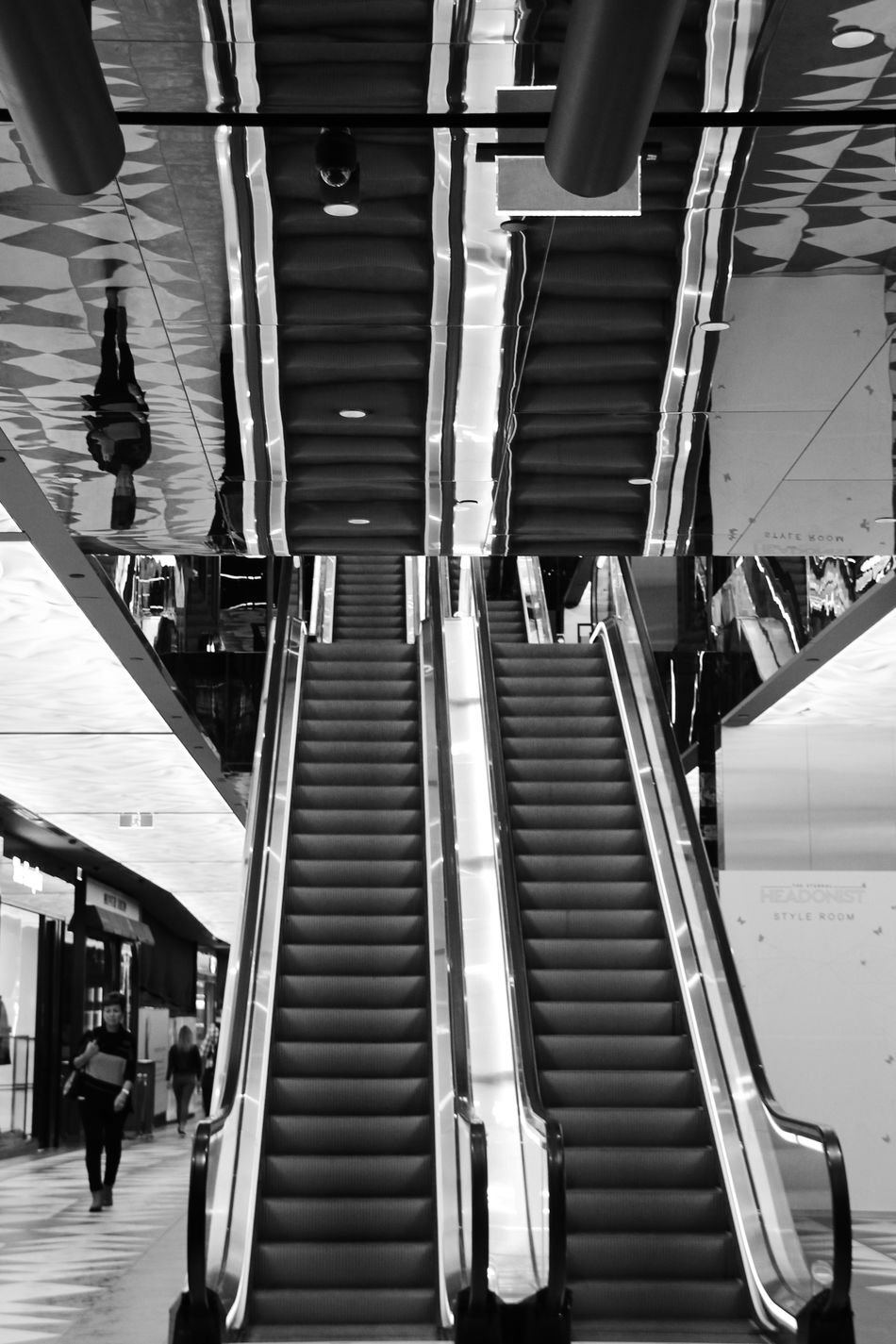 #melbourne #pattern #reflections #shoppingcentre #up Black And White Down Escalator Modern