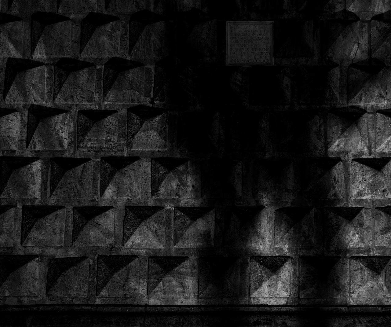 Shadows of the Past. Pattern Backgrounds Architecture You Want It Darker Architecture And Art Shadow Wall People Naples Napoli Travel Traveling Streetphotography Street Photography Travel Destinations Italia Bella Italia Italy Italy❤️ City Night Lights Night Nightphotography Blackandwhite Black And White