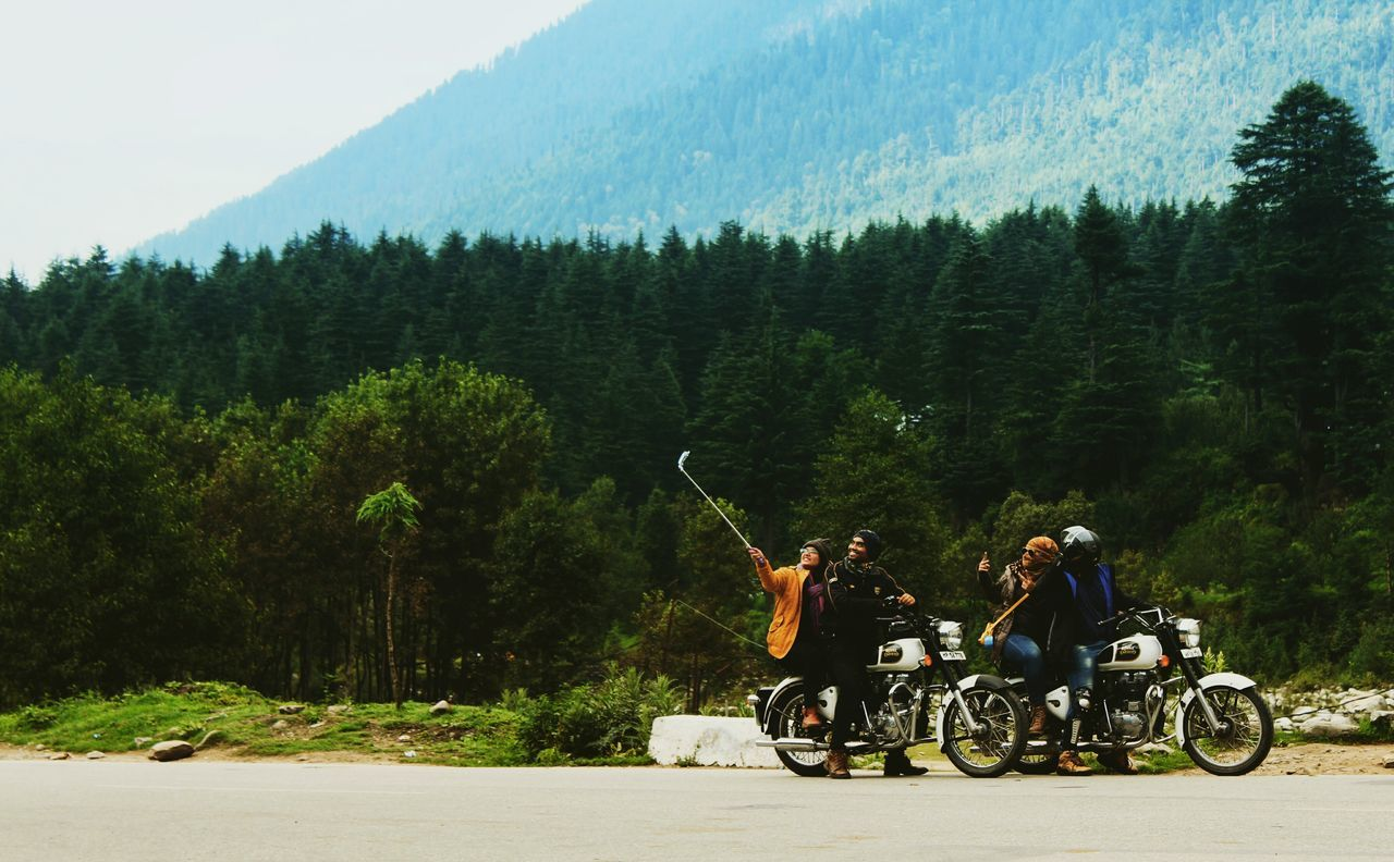 But first..lemme take a selfie.. On The Move Mountain Landscape Forest Travel Motorcycle Riding Travel Destinations Traveling Travel Photography Getty Eyemphotography Eyem Best Shots Eye Of A Photographer The Eyeem Collection At Getty Images Fresh On The EyeEm The EyeEm Collection The Week Of Eyeem Eyeem Collection Manali India Getty Images Natutal Beauy The Great Outdoors - 2016 EyeEm Awards Nature EyeEm Gallery