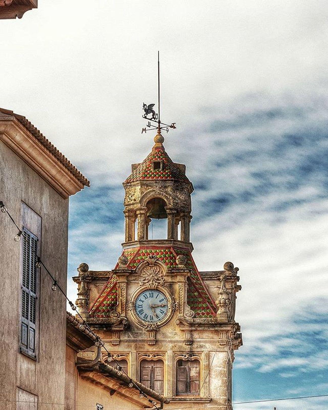 Ajuntament D'alcudia Alcudia Mallorca Illesbalears Loves_mallorca Igers Instagram Streetfoto Loves_balears Loves_spain Loves_world Loves_europa Fotografia Mallorcaframes Estaes_espania Estaes_europa Balearespasoapaso Turismo Turismospain Turismobaleares Islasbaleares Estaes_mallorca