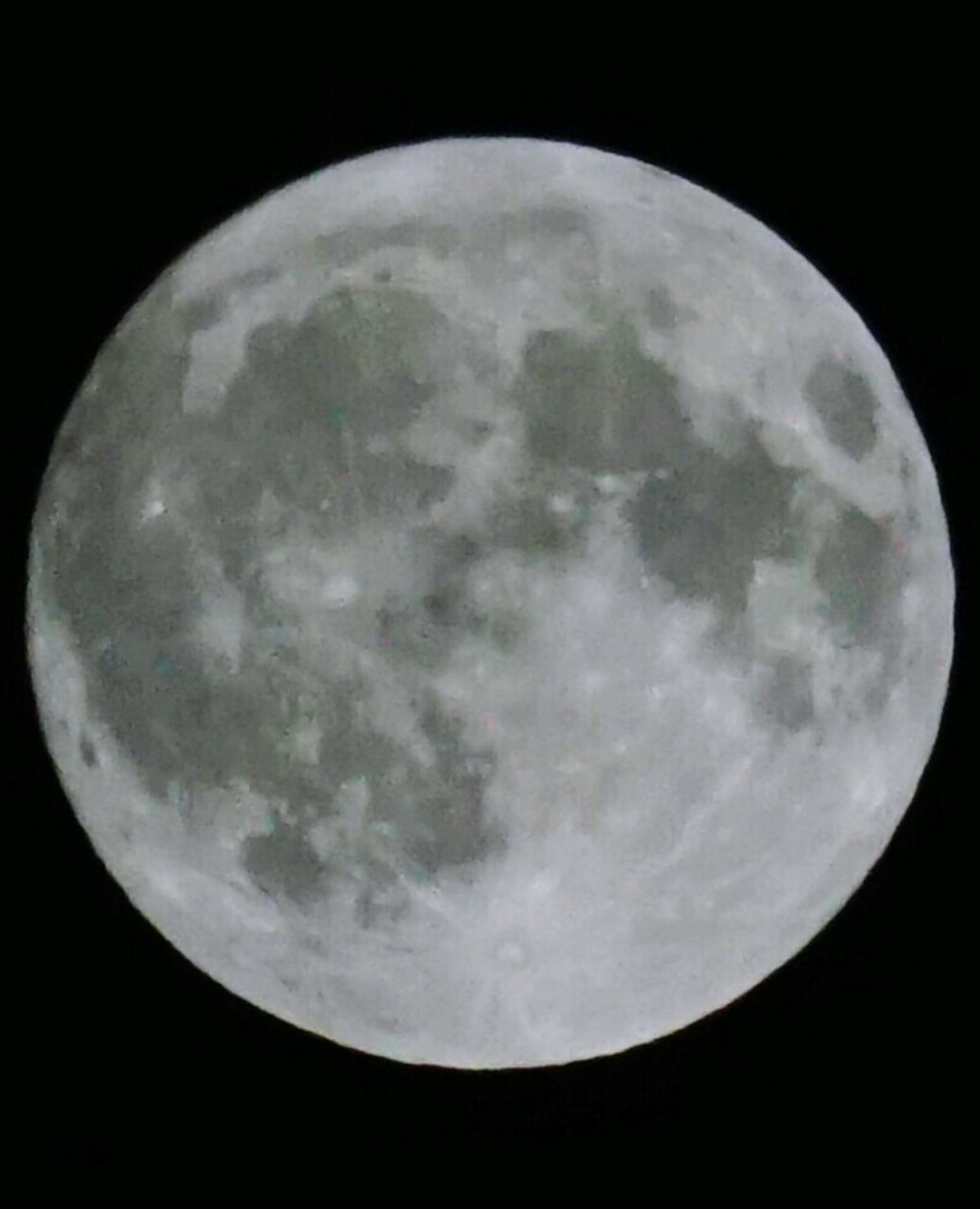 moon, night, full moon, moon surface, planetary moon, astronomy, beauty in nature, sky, nature, scenics, tranquility, no people, space exploration, space, close-up, outdoors, satellite view