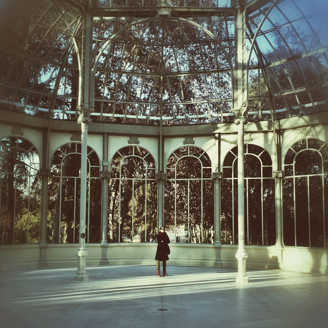 Post-lunch walk in El Retiro