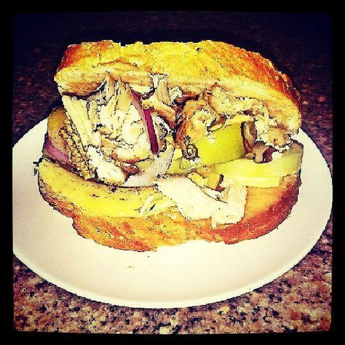 sandwich overload! Grilledchickensandwich InstaChef Foodtrip Foodporn Homechef ScrewDiet Mystyle