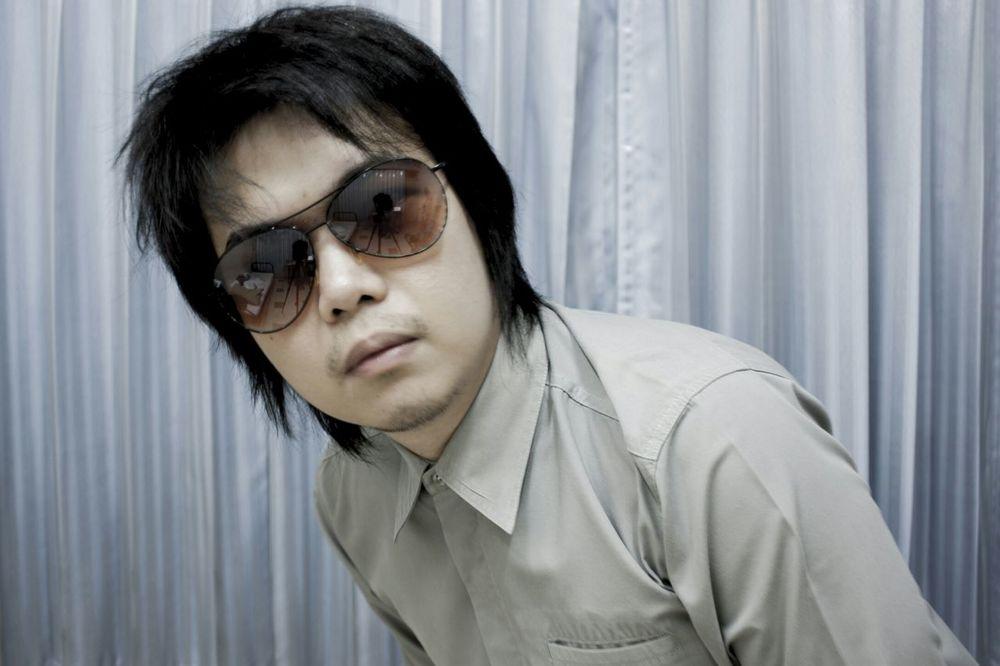 Even the wild looks good in Button Up Shirt. Buttonup Wild Glasses Man Human Star Superstar EyeEm Best Shots
