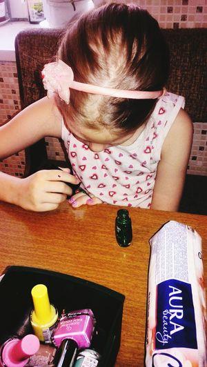 а чем ваши дети в 8 утра занимаются?))))