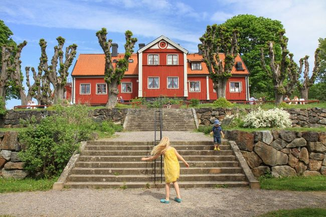 Summer Architecture Walking Around Nature Everyday Joy