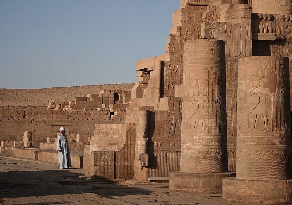 Beautiful stock photos of ägypten, history, ancient, old ruin, real people