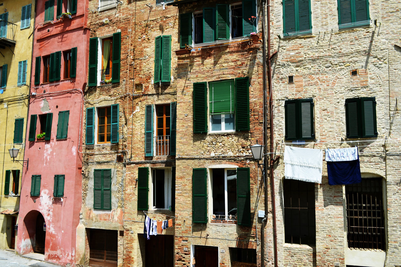Apartment Architecture Balcony Building Building Exterior City Colorful Buildings Colors Culture Day Exterior Façade House Italy Old Residential District Siena Tuscany Window My Best Photo 2015 Travel Photography Greetings From Italy The Architect - 2016 EyeEm Awards