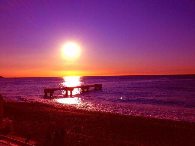 Sunrise Traveling Côte D'Azur Beach