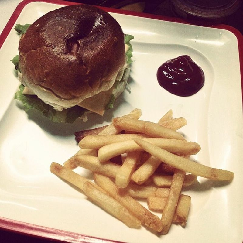 Burger 🍔 Homemade by Bhabhi (Sister in law) .... Yummy 😋