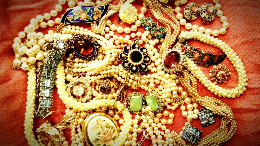 Things I Like My grandmother's jewelry. She passed away long ago before I was old and wise enough to appreciate what an amazing woman she was. Jewelry Vintage Antique Pearls Heirloom Heirlooms Showcase April