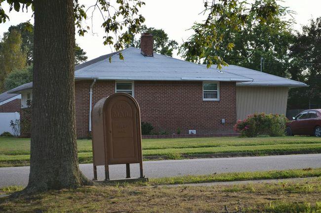 Mailbox Brown Nieghborhood House Culdesac Tree Street Brick Quiet Boom