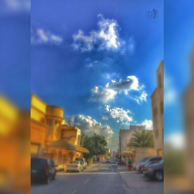 دائماً هنـاك شخص يبعث في نفسك السعاده ولو كـان فِ مكان بعيد جداً.. مساء الخير 💞 Home_sweet_home Cluody_sky Insta Instapic Instagram Instamood Bahrain Riffa Afternoon_caputer