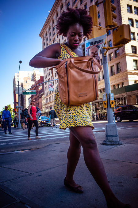 Streets of New York Candid Check This Out Fufjifilm X100S Nature Newyorkcity Ricohgr Street Streetpgotographer Streetphotography People And Places