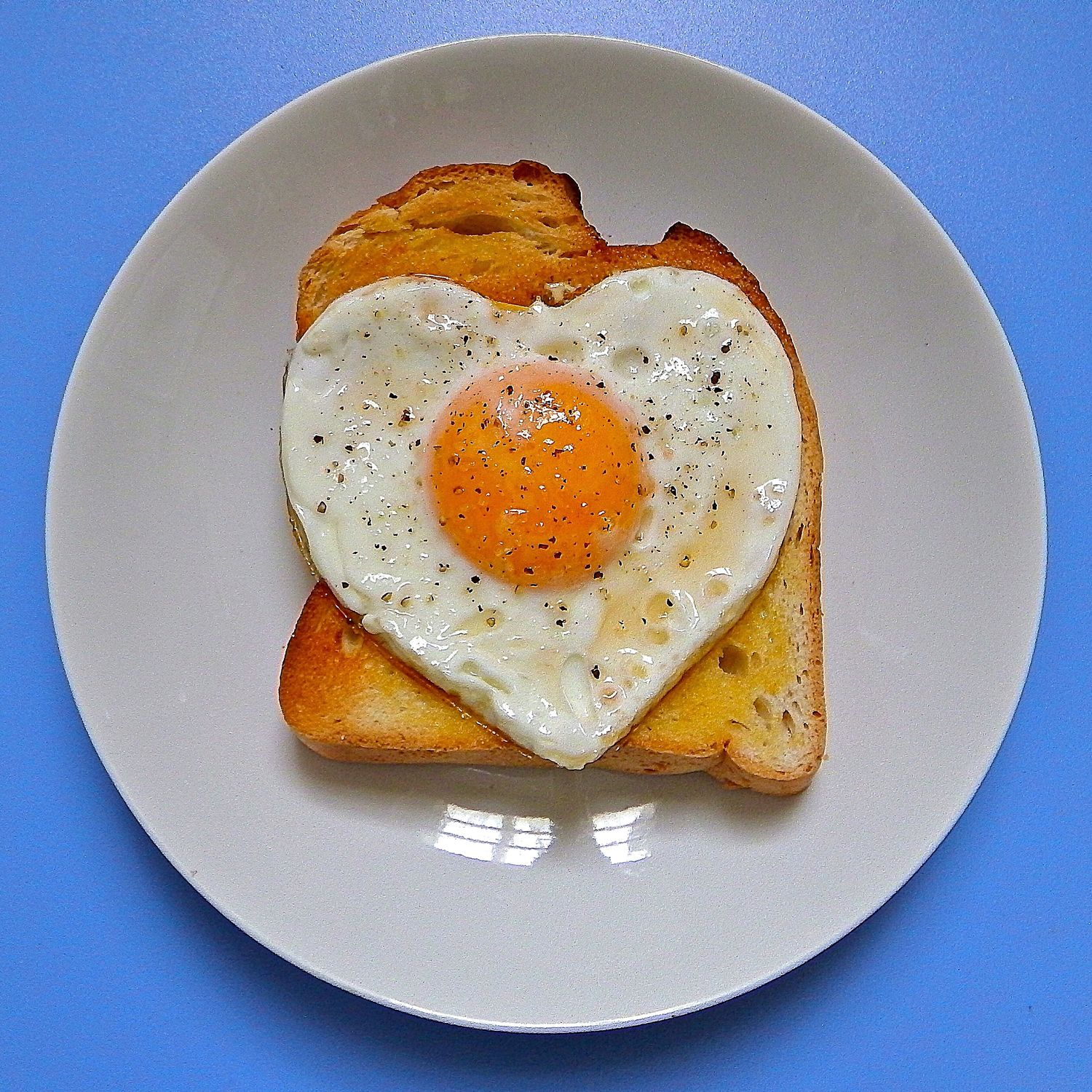 My World Of Food Eggontoast Heart Madewithlove Snack Time! Breakfast Food Egg Shapes I experimented with some shapes! 😃