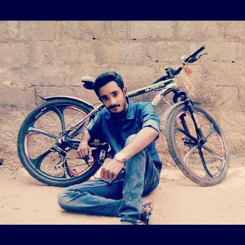 Weakend Sunnyday Montainbike CrazyShot nastyplace awesomephotography Lol...:-P