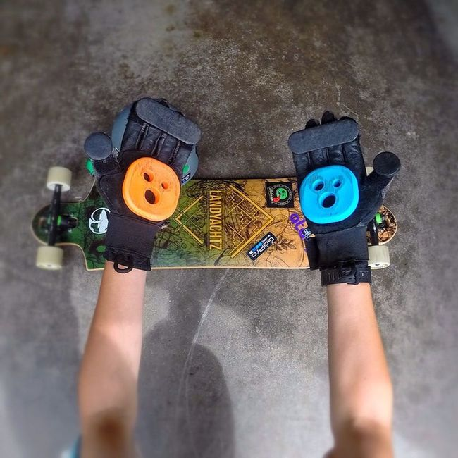 New scented Holesom slide pucks! (Dreamcicle and Blueberry Pancake) Holesom Holesomslidepucks Holesompucks Longboard Longboarding Longboarder Longboards Slidegloves