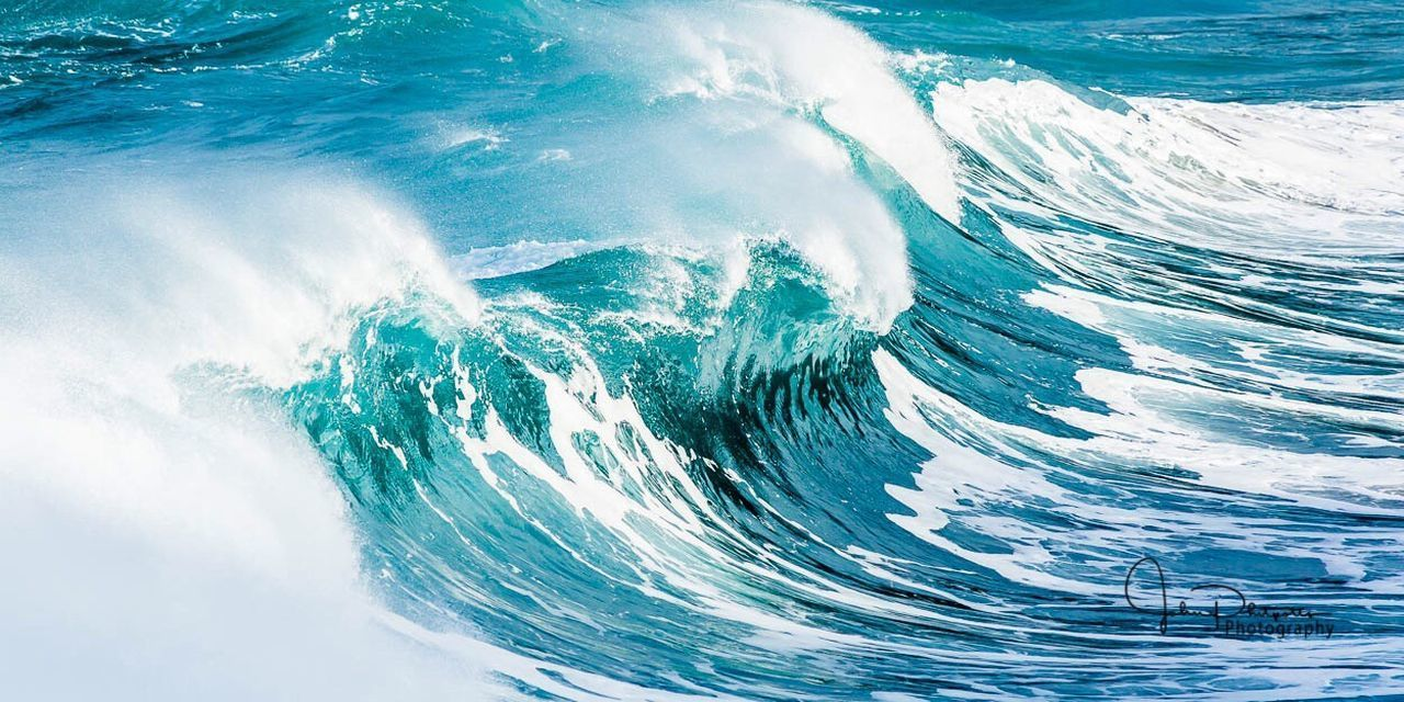 sea, nature, full frame, no people, wave, outdoors, water, blue, beauty in nature, power in nature, day, force, close-up