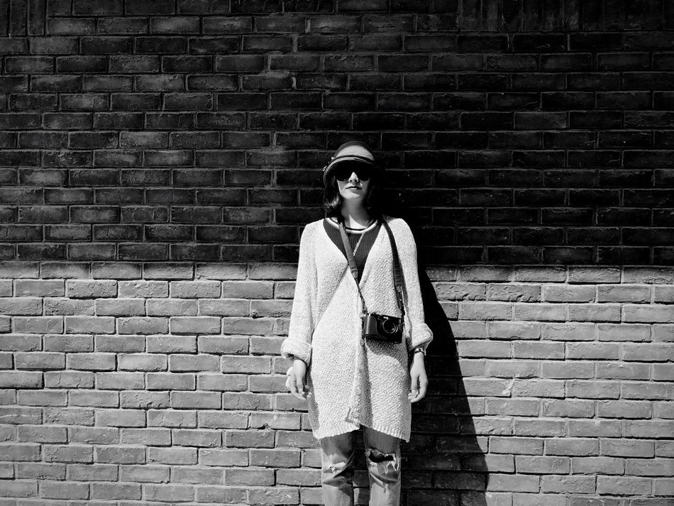 Break The Mold ミーノー!! Brick Wall One Person Standing Fashion One Young Man Only One Man Only Looking At Camera Light And Shadow Blackandwhite People Of EyeEm Peoplephotography People Photography People Watching Girl Black And White Photography Black And White Collection  Art Is Everywhere The Week On Eyem Standing People Blackandwhite Photography Black & White Black And White