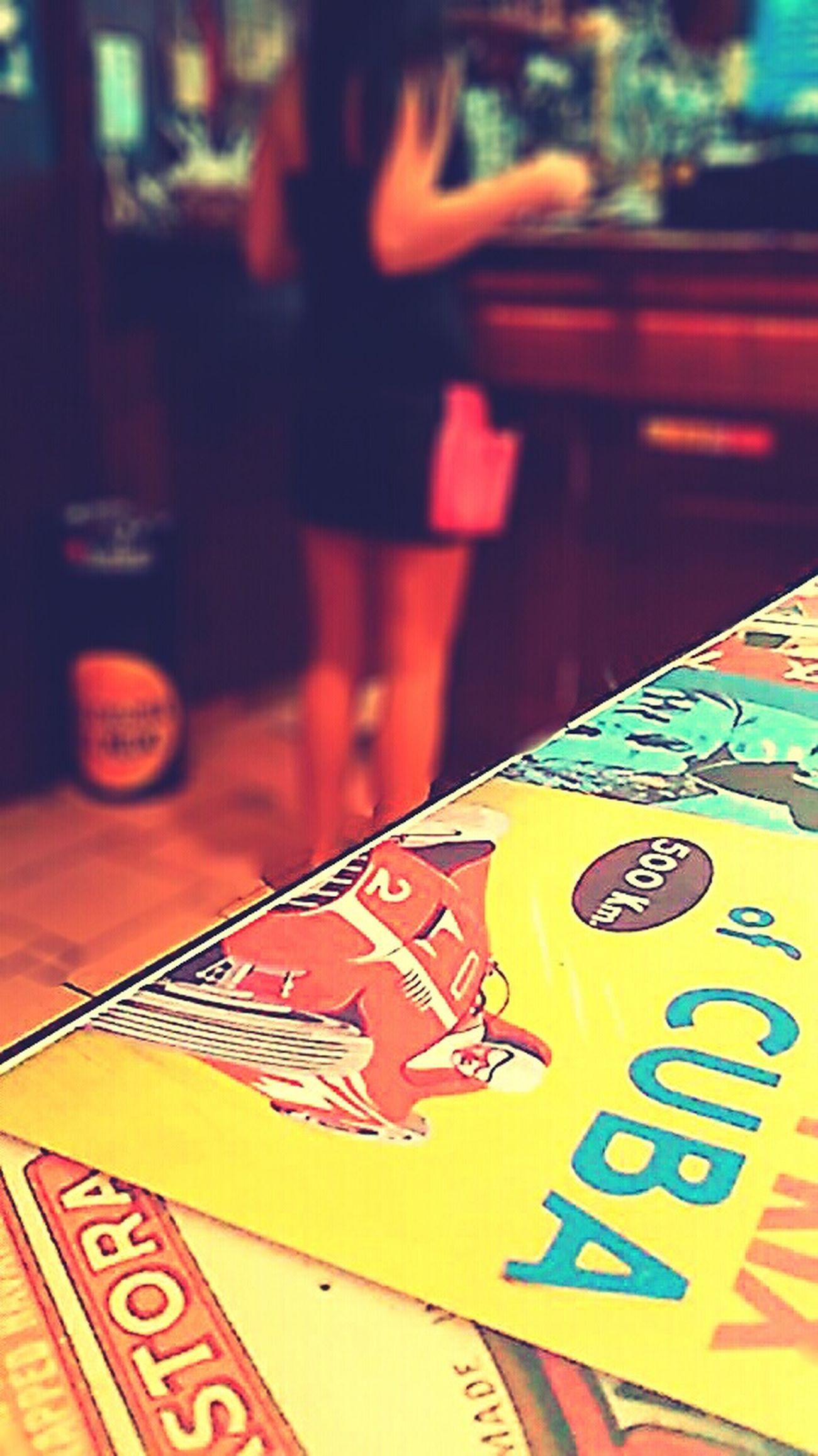 Legs Restaurant Table