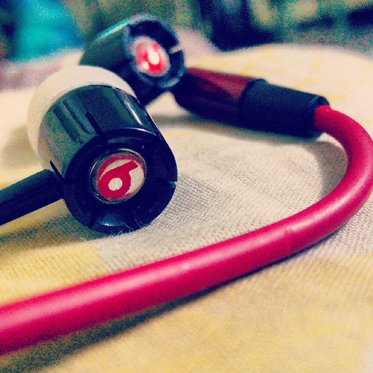 My favourite earpieces Bestsong Mica Playlist Goodmusic Nowplaying Iloveyou Listentothis Instalike Soundsapp Lovethissong Songs Triofantastic Lovemoments Ilovemywork Soon Singer  Latinpop Yoladibalmusic Yoladibal Guitarra Piano Eyes Foodporn Sweet Awesome instalove scool instago clouds jj_forum