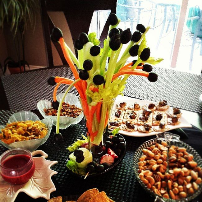 Mamas creation!! The olivian carrots and celery centerpiece masterpiece. Mamascreation