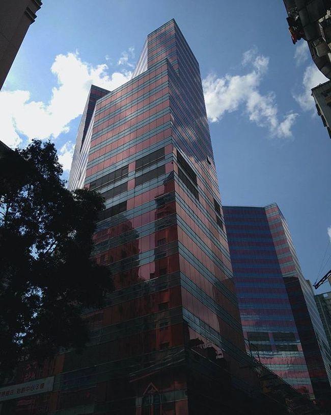 🔆🏙 ------ ------ ------ Street Princeedward City Buildings Pink Hkig Instameethk Oneplusone Discoverhongkong EyeEm Art Photography Urbanexploration Hk HongKong