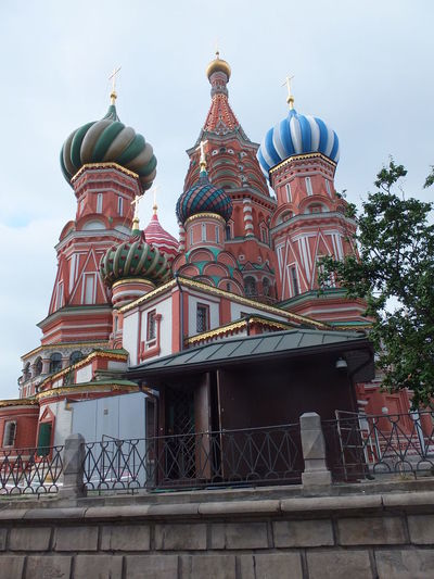 St Basil's Cathedral (1555-1561), Red Square Building Building Exterior Cathedral Church Colourful Composition Day Domes Exterior Façade Historic History Iconic Buildings Moscow Outdoor Photography Red Square Religion Russia St Basil's Cathedral Tourist Attraction  White Clouds