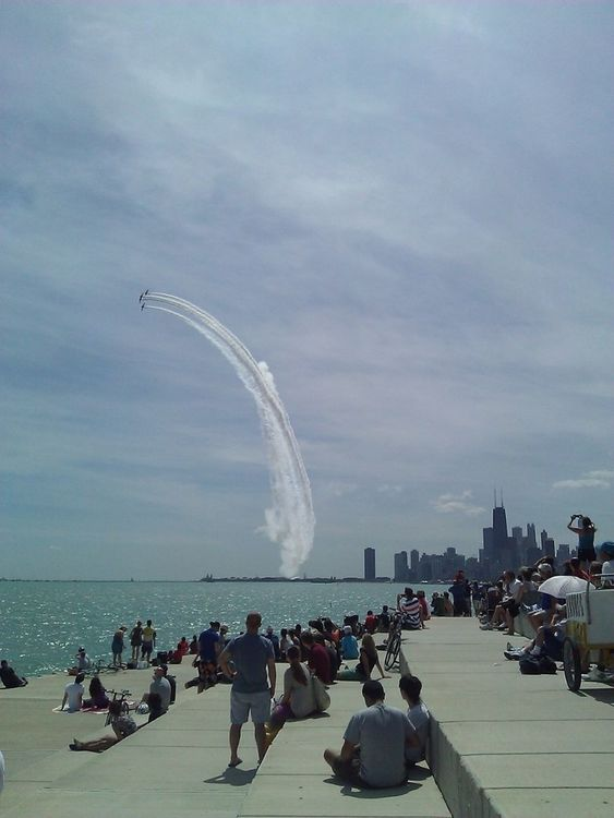 Air and Water Show at Diversey Harbor Inlet Bridge by StphnGrtte