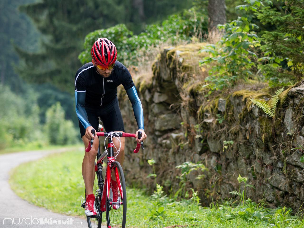 arm warmers Arm Warmers Armwarmer Bones Cycling Cyclingapp Cyclingkit Cyclingpor Helmet Kicks S-Works Sal Special Specjalized Speed Sworks UVERworld Uvexhelmet Warmer White