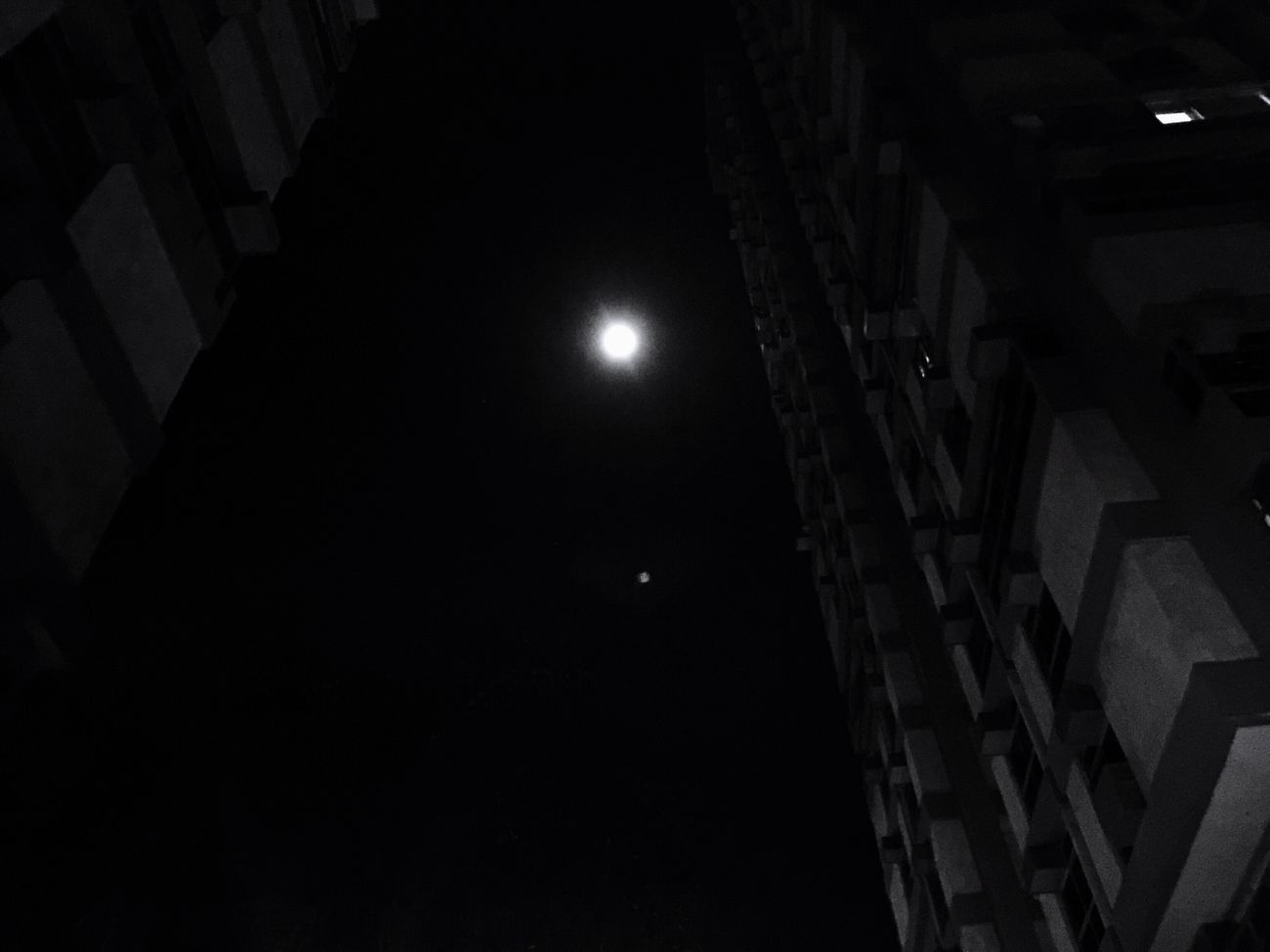 There's always the moonglow over someone 🌕 Night Illuminated Moon Architecture For My Friends That Connect IPhoneography My City Is Beautiful My Babes New