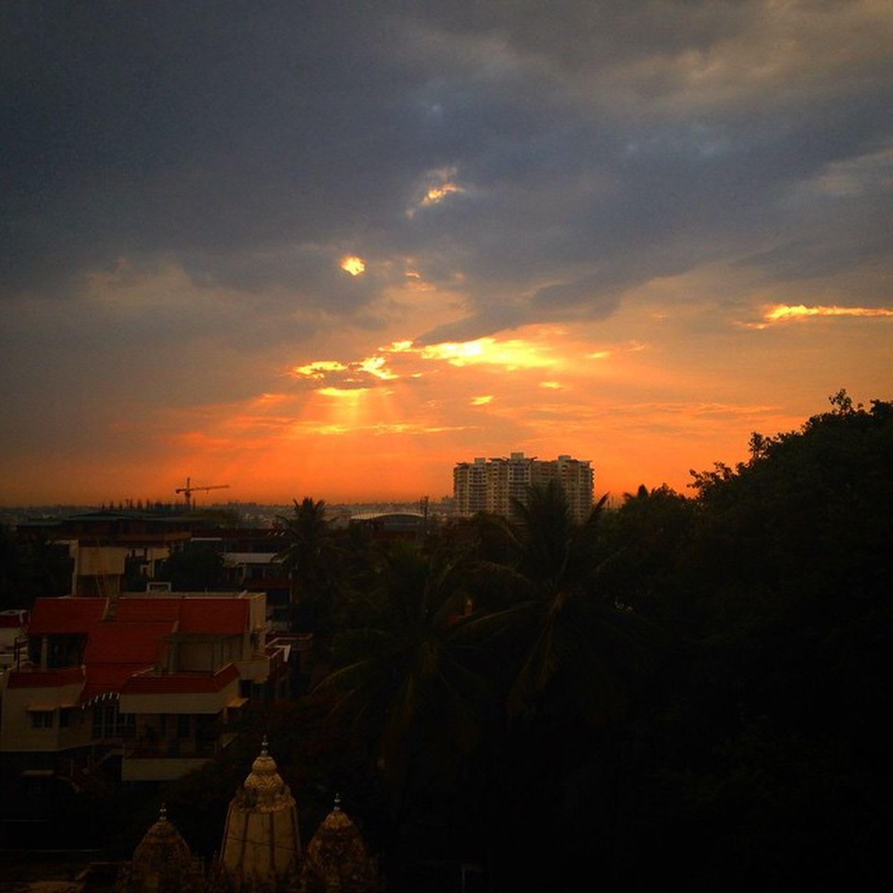 Another awesome sunset even today Lovebangalore Ssunshot Bangalore Namma_bengaluru Namma_karnataka Nammakarnatakamemes VSCO Vscocam