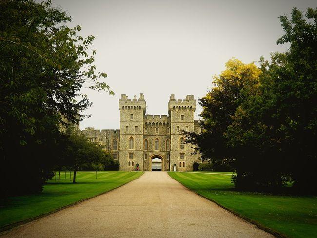 Windsor Castle Windsor Berkshire Windsor Royal Family Castle England Building Exterior EyeEmNewHere