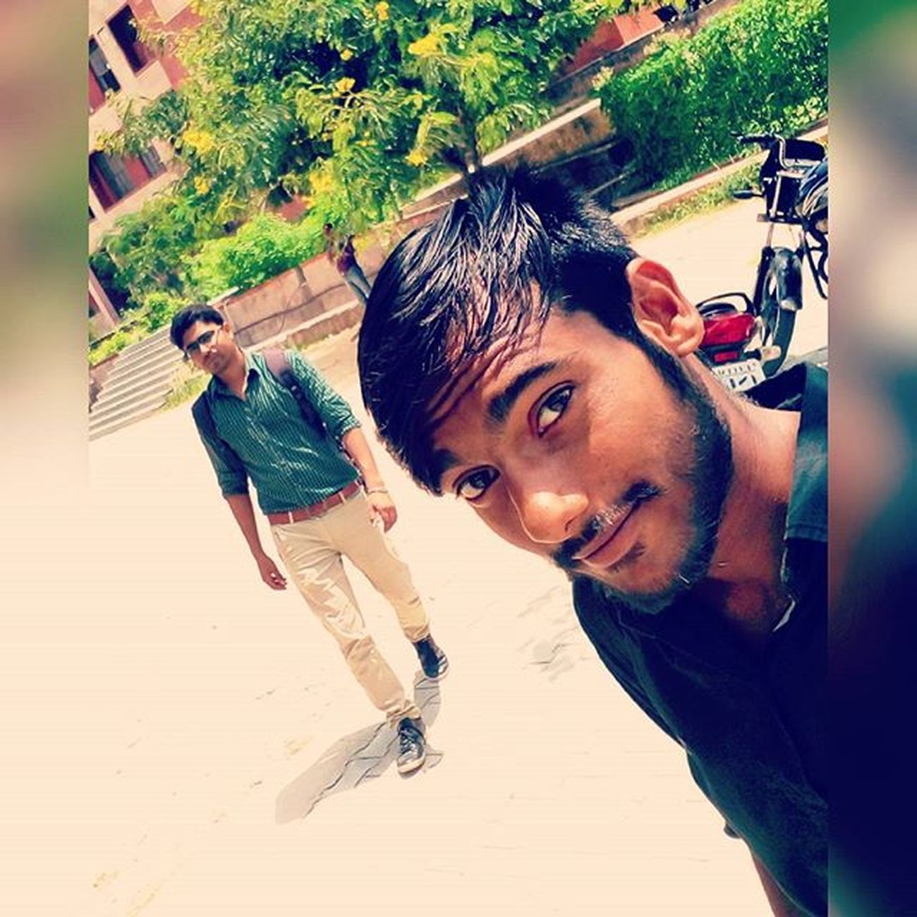 Me😁 Arpit Bff Selfie College Class_bunk Mass_Bunk Enjoy💃💃😘😍