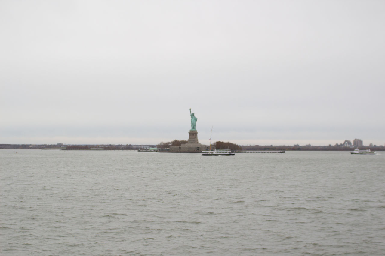 Beautiful stock photos of statue of liberty, Clear Sky, Copy Space, Day, Female Likeness