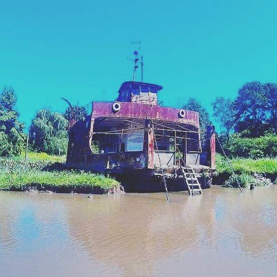 Ship Boat Abandoned Abandon River Tigre Argentina Water Travelling Travelgram Travel Trip Holiday Blue Sky