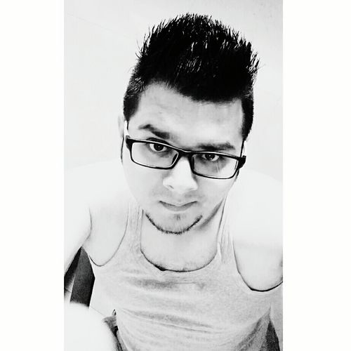 HTC_photography HTCDesire820 Htcshot Selfie ♥ Selfienation TimePassSelfie Noworktoday FunTimes! Blackandwhite B&W✨ Myclick💚 Mobilecliks Originalphoto© Auto Post Production Filter Lifestyles Young Men Looking At Camera Newhaircut 💇 Undercuthairstyle Hunk_Look EyeEm Best Edits Indoors  Freshness