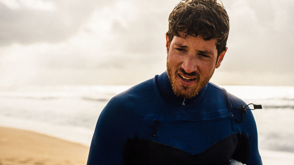 Exhausted surfer after a sessionActionsports Beachphotography Capreton Confidence  Exhausted Eye4photography  EyeEm Best Shots Front View Head And Shoulders Hossegor Beach Portrait Real People Surf's Up Surfing Surfsup Young Adult Young Men Q Word The Q Word Q The Portraitist - 2017 EyeEm Awards