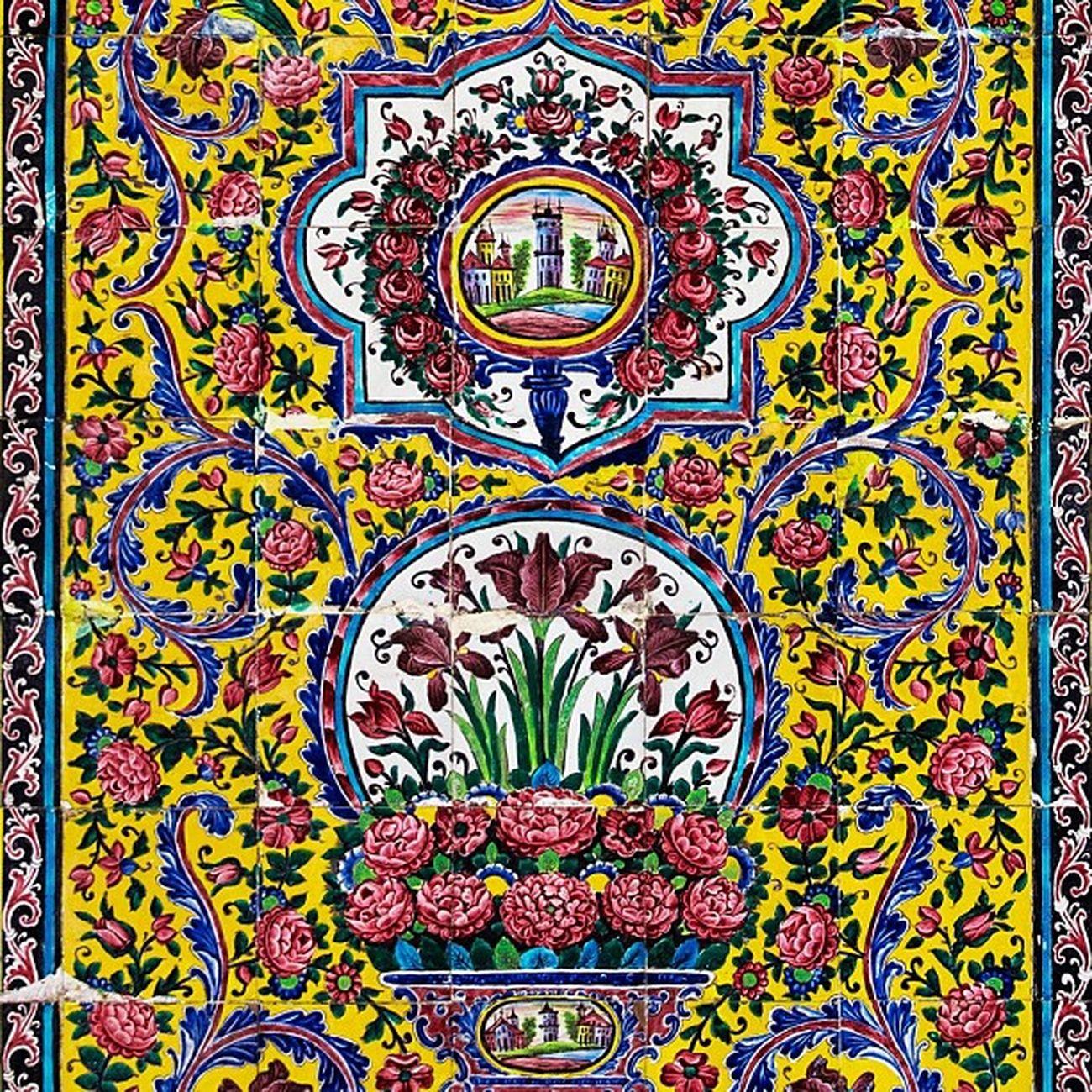 کاشی کاری مسجد نصیرالملک - Nasir al-Mulk Mosque interior design