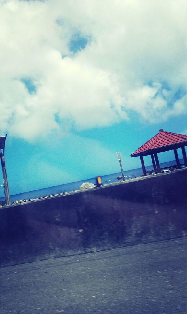 看著大海什麼都拋到腦後 Enjoying Life