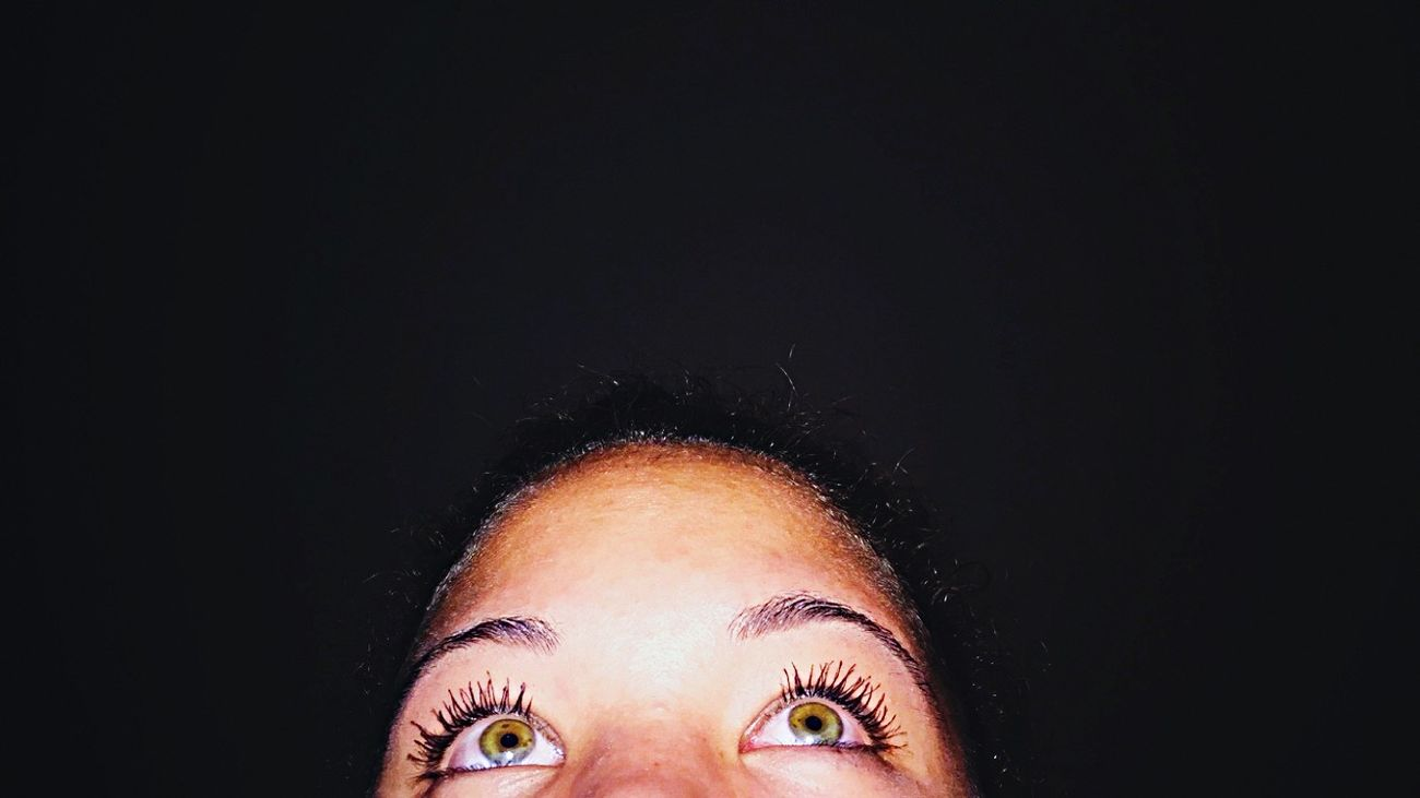 Eye4photography  Green Eyes Watching Netflix Scream Queens Green Night Night Photography Beautiful Girl