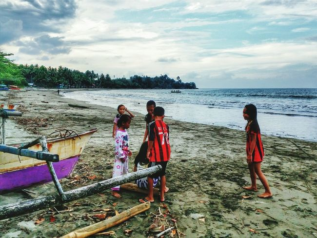 """Telling Stories Differently """" kids in small city"""" Taking Photos Wonderful Indonesia Landscape Children Childhood"""