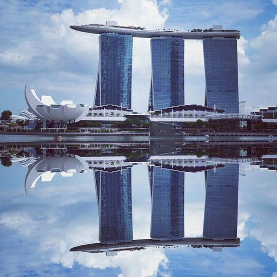The azure blue sky complementing another beautiful reflection. I guess the water here is really a mirror. Reflectiongram Reflection Tv_architectural Tv_simplicity Tv_pointofview Perspective Freezfram Frameable City Seemycity Mycity Urban ExploreSingapore Architecture Archidaily Archilovers Justgoshoot VSCO Vscocam Vscogood Minimal_perfection Minimalism Minimalexperience Ig_minimalshots Rsa_streetview rsa_minimal mirror design art abstractart