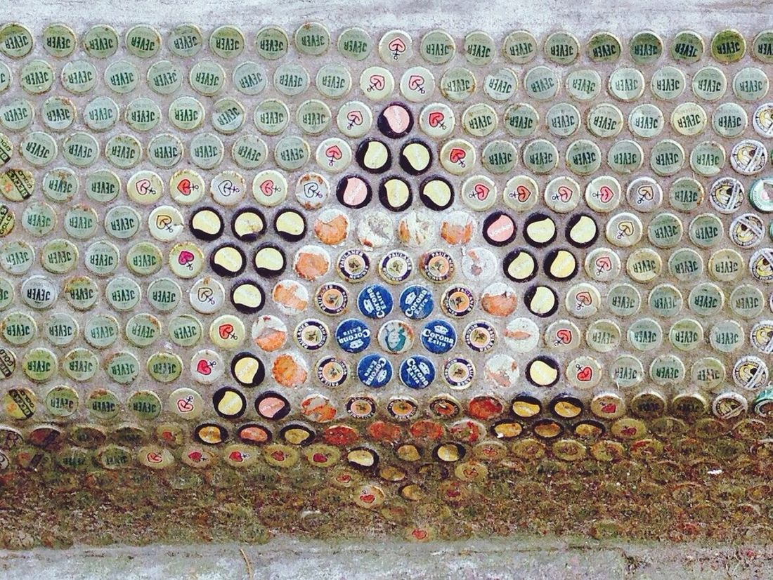 Street Art Star Bottle Cap Art