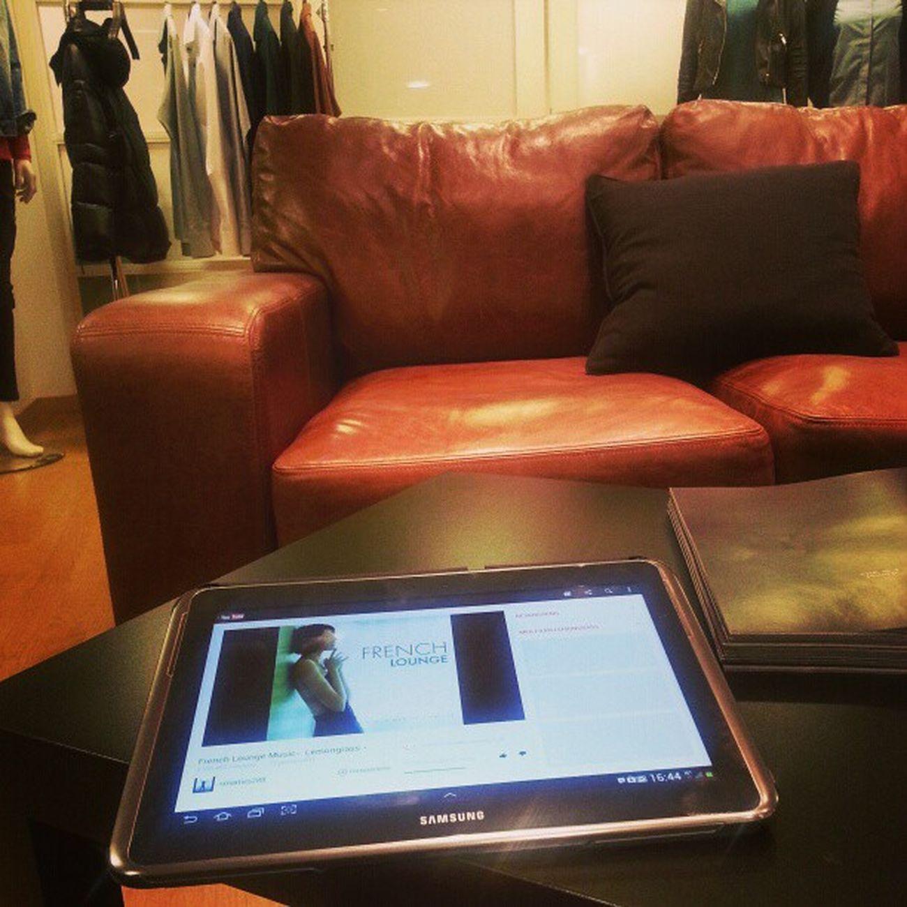 Dbrand Fashion Blogg Mode Design Jeans Store Love Samsung Shoes Showrom Denim Music jackor
