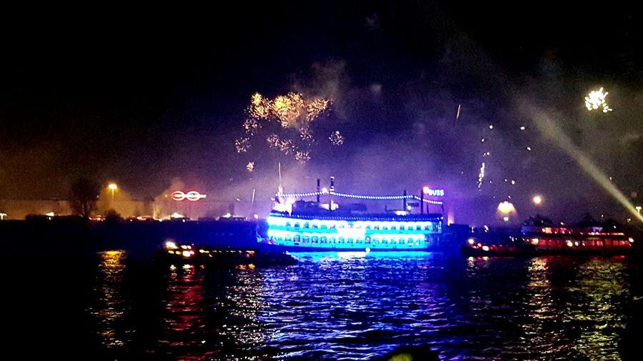 Happynewyear Feuerwerk So Schön! ♡