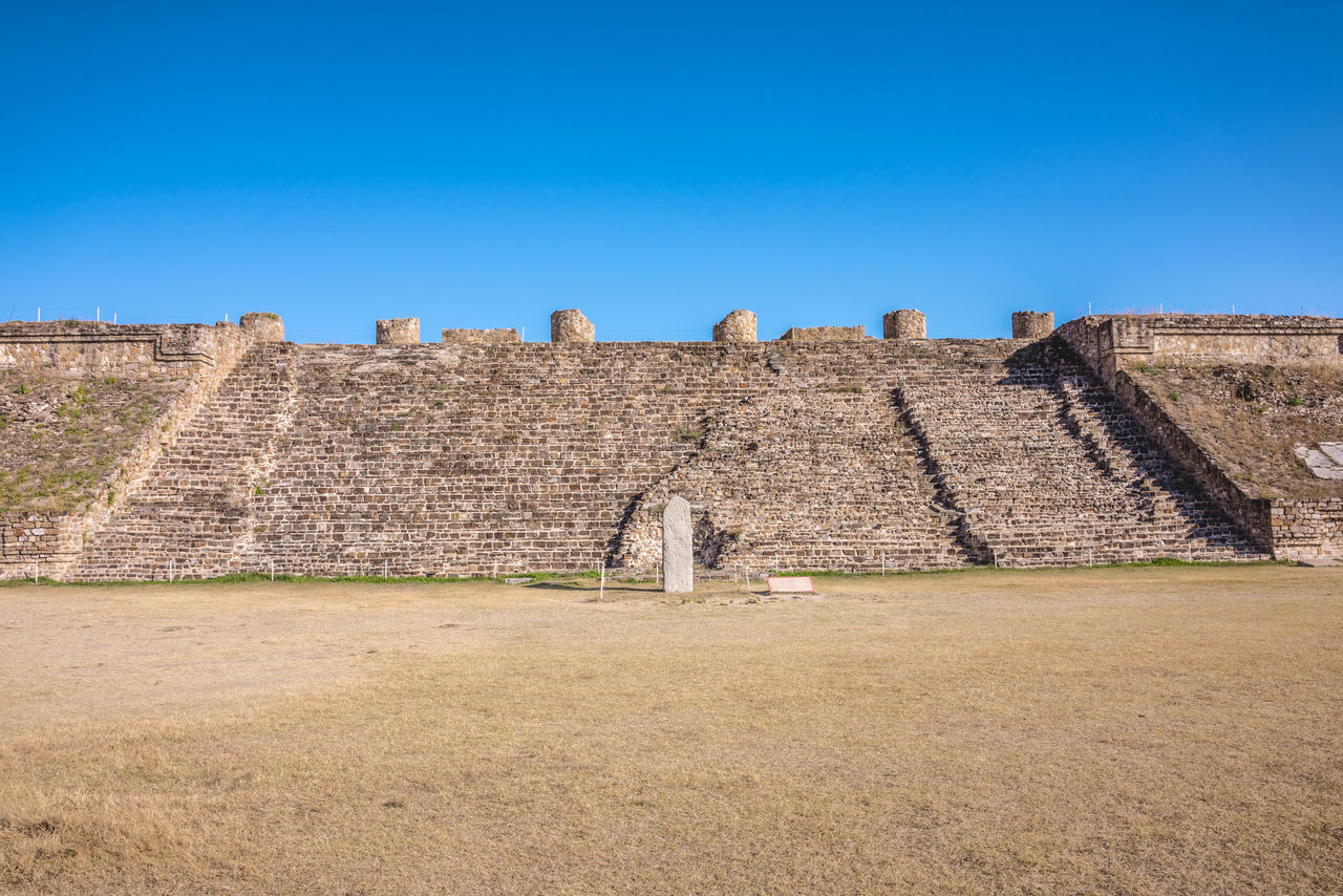 Amazing View Ancestral Ci Ancient Ancient History Architecture Blue Building Exterior Built Structure Clear Sky Day Destinations History Landscape Mexico Mexicoistheshit Monte Alban No People Oaxaca Old Ruin Outdoors Prehispanic Pyramids Travel Travel Destinations Travel Photography