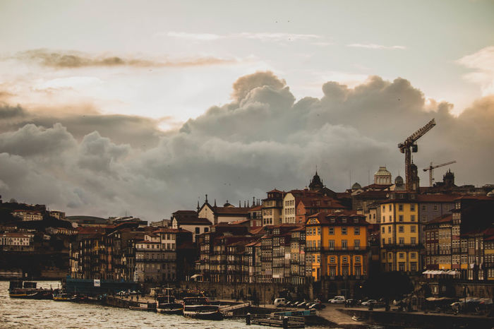 Porto Porto Portugal 🇵🇹 Portugal Street Portrait Architecture City Cityscape Cloud - Sky Outdoors People People And Places People Photography Peoplephotography Portugal_em_fotos Portugaldenorteasul Street Street Photo Street Photography Streetphoto_bw Streetphotographer Streetphotography